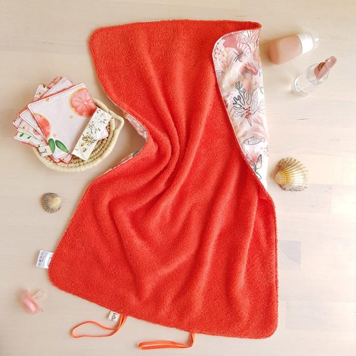tapis a langer nomade promenade avec bebe accessoire naissance puericulture cadeau fille sirene oekotex made france lyon createur bilboquet orange corail rouge