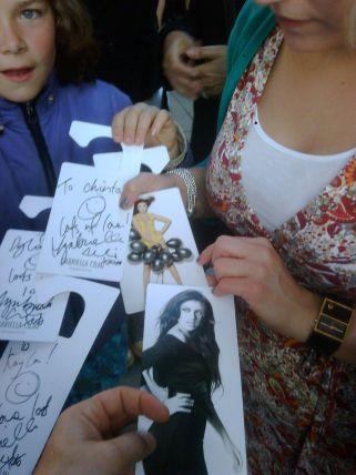 Beutestücke der Fans (Gabriella Cilmi's Unterschrift)
