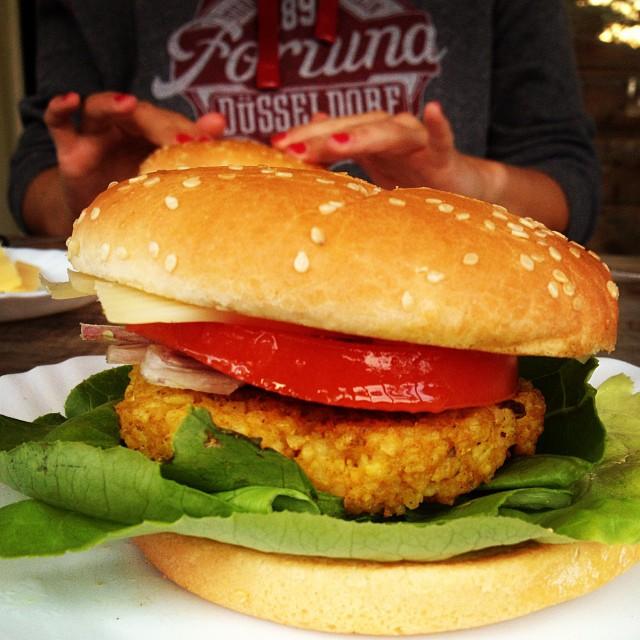 Wir wünschen Euch einen guten & leckeren Welt-VegetarierTag :-)