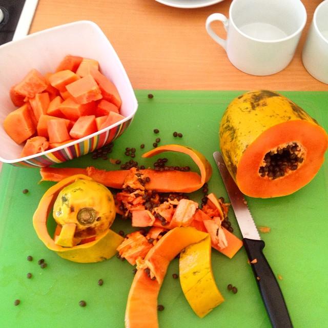 Bon Dia :-) Kleines Küchenmassaker zur Frühstückszeit...