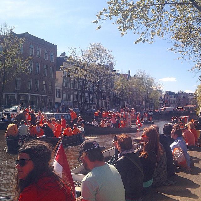 *ohne Worte* auf dem Koningsdag in Amsterdam