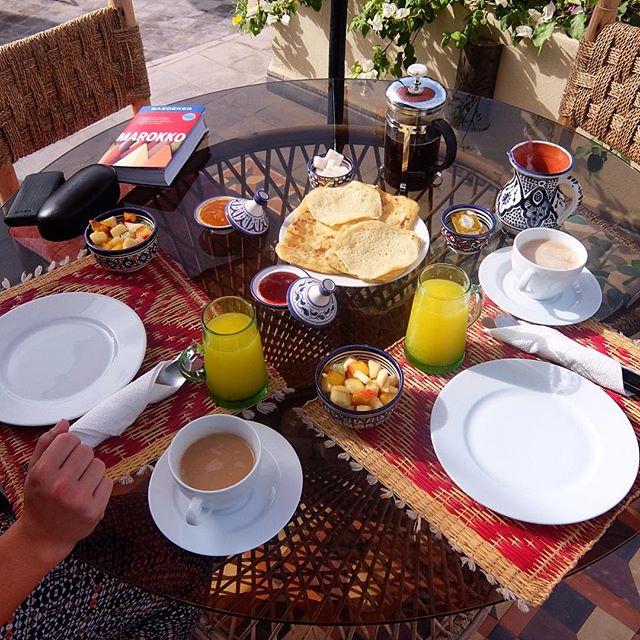 Frühstückszeit :-) die Kühle des Morgens nutzen :-)