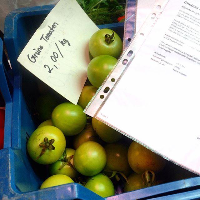 Das passende Rezept zu den grünen Tomaten ist schon rausgesucht - fehlt jetzt nur noch der passende Film ;-)