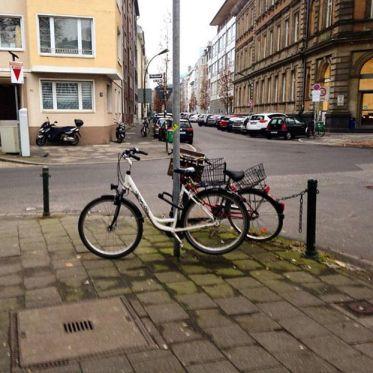 Wie wünscht man sich 3 bis 4 Fahrradständer?