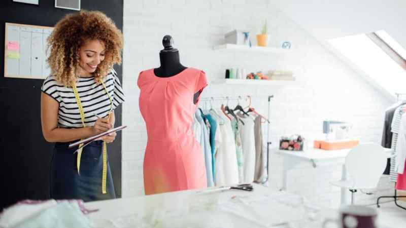 fashion-designer-blogging-successful