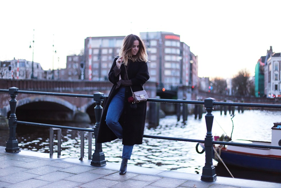 billie-rose-blog-outfit-hm-trend-cardigan-topshop-boots-amsterdam-mom-jeans-10
