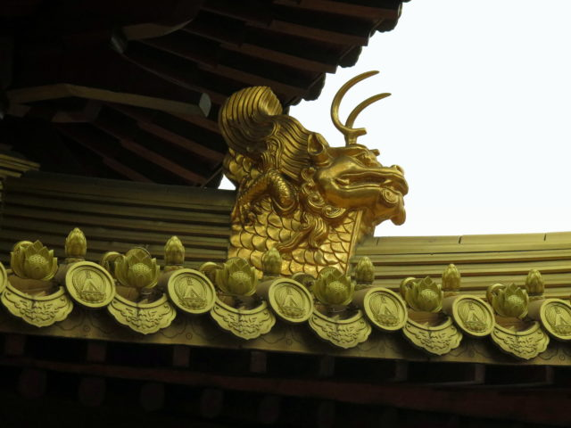 Fantastic rooftop detail. Jing'an Temple, Shanghai, China, Asia.