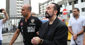 Adnan Oktar: Eğer biz evrimi çürütmeseydik Türkiye komünist olurdu