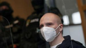Almanya'daki ırkçı saldırgana ömür uzunluğu mahpus cezası verildi