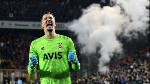 Altay Bayındır'a Sheffield United ve Ajax talip oldu