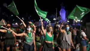 Arjantin'de kadınların zaferi: Kürtaj yasallaştı