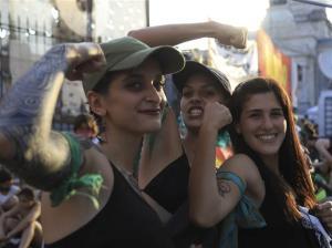 Arjantin'de Tepkiler Sonuç Verdi: Kürtaj Yasağı Kaldırıldı
