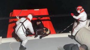 Aydın'da Türk kara sularına itilen 26 sığınmacı kurtarıldı