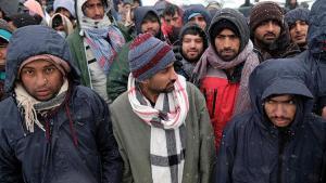 Bosna Hersek'teki ağır kış kaidelerinde yaşama tutunmaya çalışıyor