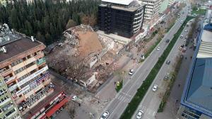 Bursa Emniyet Müdürlüğü'nün yıkılan 46 yıllık binası, havadan görüntülendi