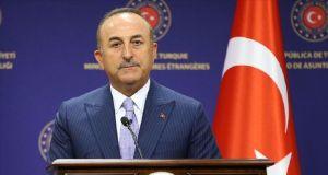 Çavuşoğlu'ndan Avusturya Başbakanı'nın Erdoğan hakkındaki sözlerine tepki