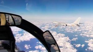 Çin ve Rusya'dan gövde gösterisi! Bombardıman uçaklarını havalandırdılar