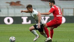 Dorukhan Toköz, Beşiktaş'ta kalıyor
