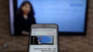 Eğitime Erişim Sorunu Sürüyor: MEB Raporuna Göre 8 Milyon Öğrenci EBA'ya Cep Telefonundan Giriyor