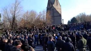 Ermenistan'da halktan Paşinyan'a protesto: Hain Nikol