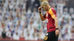 Galatasaray'da Sofiane Feghouli sakatlandı