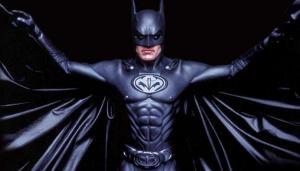 George Clooney'den Ben Affleck'e Batman tavsiyesi: Kostümünde meme ucu olmasın