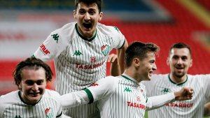 Göztepe'yi uzatmalarda yenen Bursaspor, Türkiye Kupası'nda son 16'da
