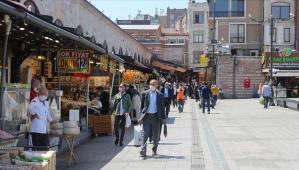 Halkbank'tan esnaf ve sanatkârlara kredilerde faiz indirimi