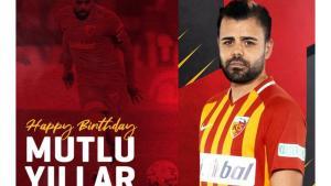 Kayseri sabah doğum gününü kutladığı futbolcuyu akşam kovdu