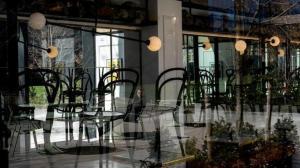 New York'ta restoranlar salgın yüzünden birer birer kapanıyor