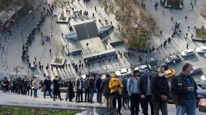 Son dakika! Yalnızca 6 gün kaldı! Eminönü'nde metrelerce uzayan milli piyango bileti kuyruğu
