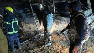 Suriye'de yolcu otobüsüne acımasız akın: 25 meyyit 13 yaralı