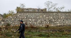 Aliyev: Dağlık Karabağ'ın Fuzuli kentine havaalanı inşa edilmesi için talimat verdim