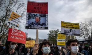 Boğaziçi Protestoları: 2 Öğrenci Hakkında Tutuklama Talebi