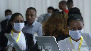 Güney Afrika'da koronavirüs vefatlarından ötürü morglarda yer kalmadı!