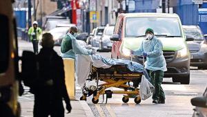 İngiltere'de hastanelerde yer kalmadı… 'Acile değil, otele gidin'