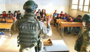 Mehmetçikten Suriyeli çocuklara 'hayat bilgisi' dersi
