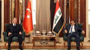 Milli Savunma Bakanı Hulusi Akar, Irak Başbakanı Mustafa Kazımi ile bir araya geldi
