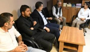 PKK'nin hücre evine dönen HDP ilçe binasını CHP'li belediye başkanı ziyaret etmiş