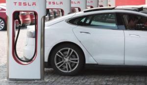 Tesla'dan Hindistan hamlesi