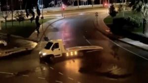 Yılbaşı Gecesi Boş Yolda Drift Atan Maganda Yakalanınca Suçu Annesine Attı: 'Drifti Annem Yaptı'