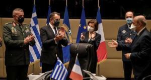 Yunanistan 18 Rafale savaş uçağı satın almak için Fransa ile anlaşma imzaladı