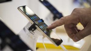 Akıllı telefon alacaklara hoş haber! Yatırımlar sürat kazandı: Fiyatlar düşebilir