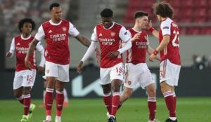 Arsenal'i Aubameyang kurtardı!