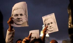 Biden yönetimi, Assange'ın iade edilmesi talebinden vazgeçmedi