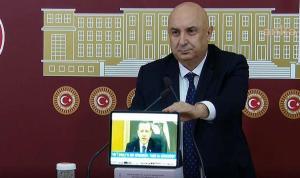 CHP'li Özkoç, TBMM'de Erdoğan'ın 'yayınlayacağım' dediği videosunu izletti