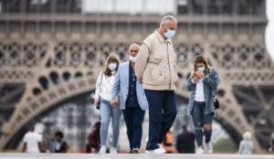 Fransa'da koronavirüs testini reddeden göçmenlere hapis cezası