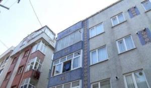 Gaziosmanpaşa'da baba iki oğlunu silahla vurdu