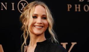 Jennifer Lawrence, film setinde kaza geçirdi