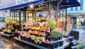 """Kayseri'de """"14 Şubat"""" nedeniyle çiçekçilerin çalışma saatleri yeniden düzenlendi"""